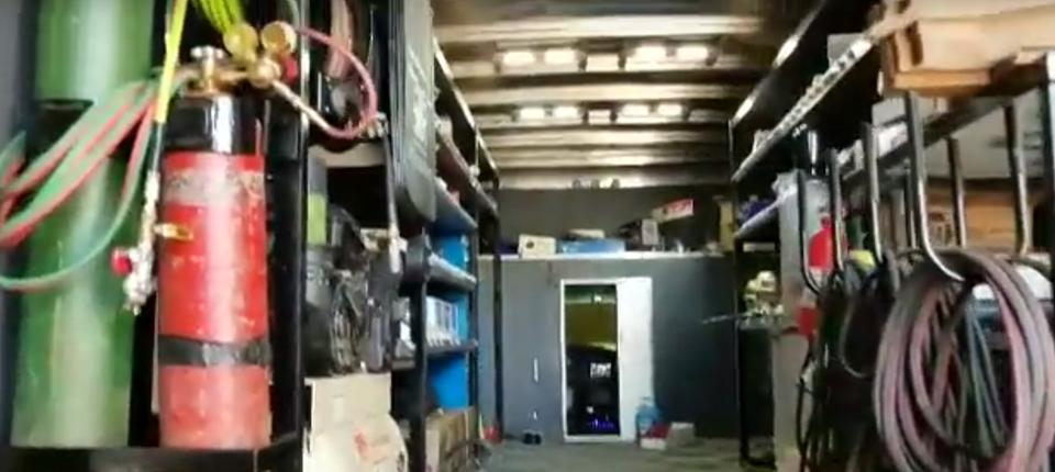 sttr-truck5-inside